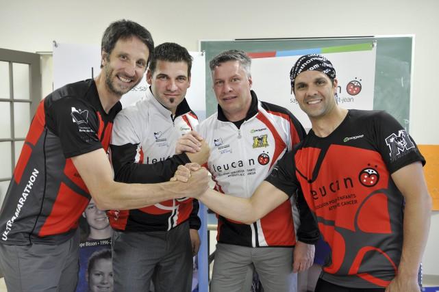 Les membres du comité organisateur de la 7e... (Photo Le Progrès-dimanche, Rocket Lavoie)