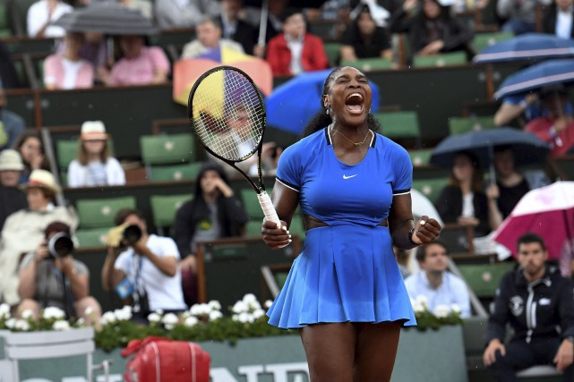 Serena Williams a disposé de Kristina Mladenovic 6-4,... (AFP, Miguel Medina)