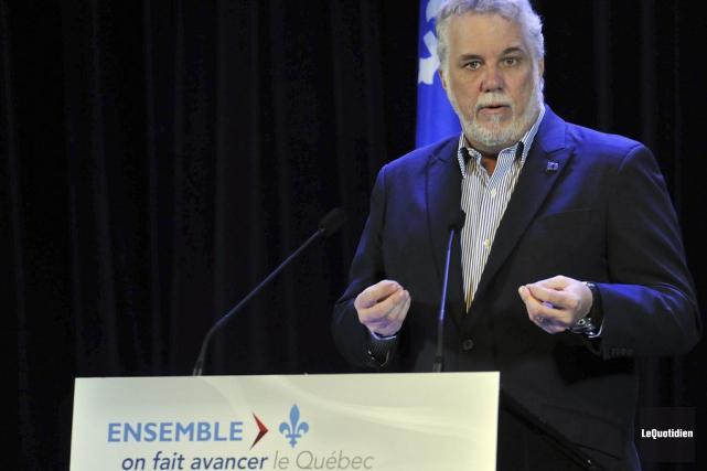 Le premier ministre Philippe Couillard a justifié la... (Rocket Lavoie, Archives Le Quotidien)
