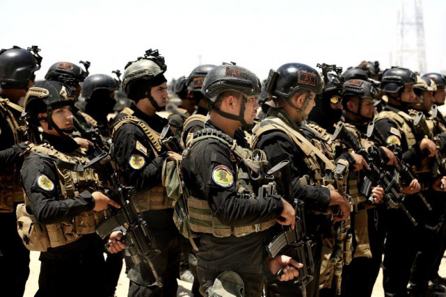Les forces d'élite irakiennes du service de contre-terrorisme... (PHOTO KHALID MOHAMMED, AP)