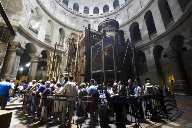 Edicule de marbre de plusieurs mètres de haut... (Photo AP)