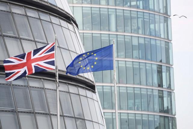 Un retrait du Royaume-Uni de l'UE plongerait les deux parties dans une... (Agence France-Presse)