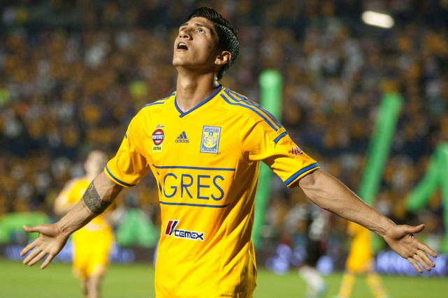 Alan Pulido... (Photo AFP)
