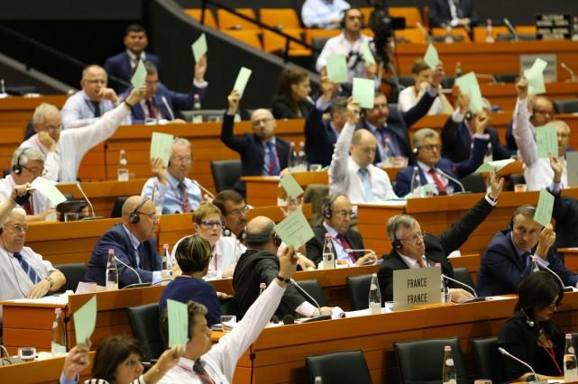 L'assemblée parlementaire de l'OTAN a appelé lundi les alliés à se tenir prêts... (Photo AP)