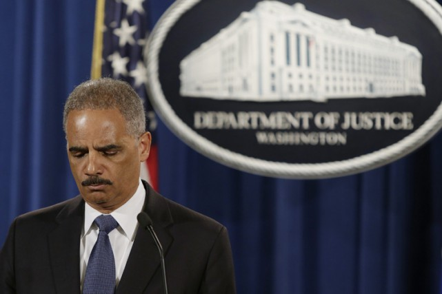 Eric Holder... (ARCHIVES REUTERS)