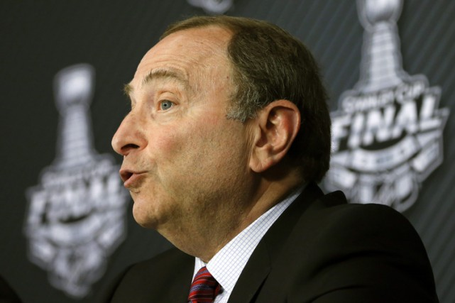 Gary Bettman... (PHOTO AP)