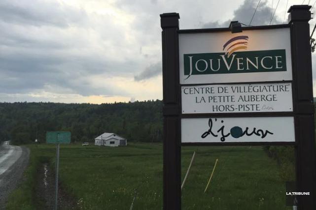Le Collège de Maisonneuve fera enquête auprès des... (La Tribune, Stéphanie Beaudoin)