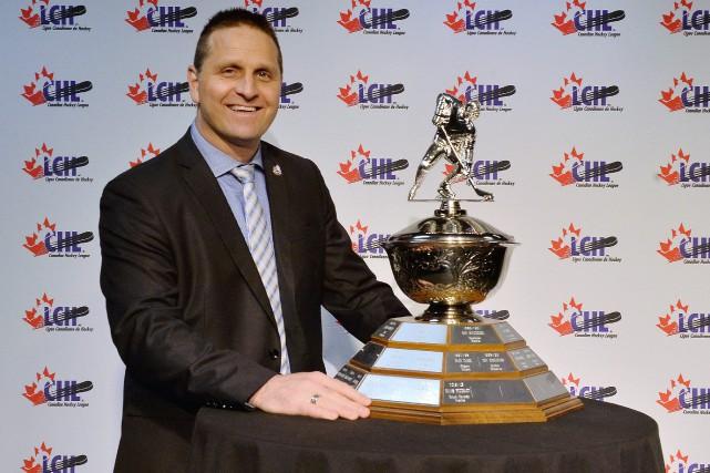 Gilles Bouchard a été nommé le meilleur entraîneur... (Photo Terry Wilson/CHL Images)