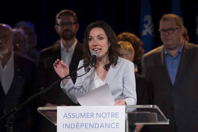 Martine Ouellet lors de l'annonce de sa candidature... (La Presse Canadienne, Graham Hughes)