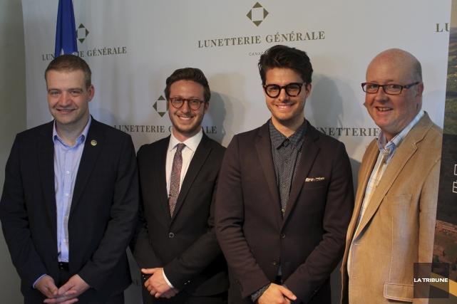 Le ministre Luc Fortin, les entrepreneurs Alexis Martel... (La Tribune, Yvan Provencher)