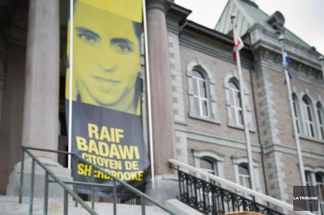 Le blogueur saoudien Raif Badawi s'apprête à vivre un triste anniversaire : le... (Archives La Tribune, Jessica Garneau)