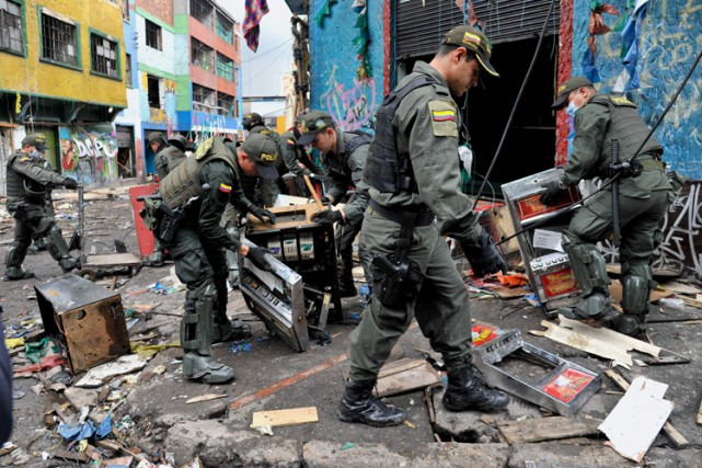 La police de Bogota a mené mardi une... (PHOTO AFP)