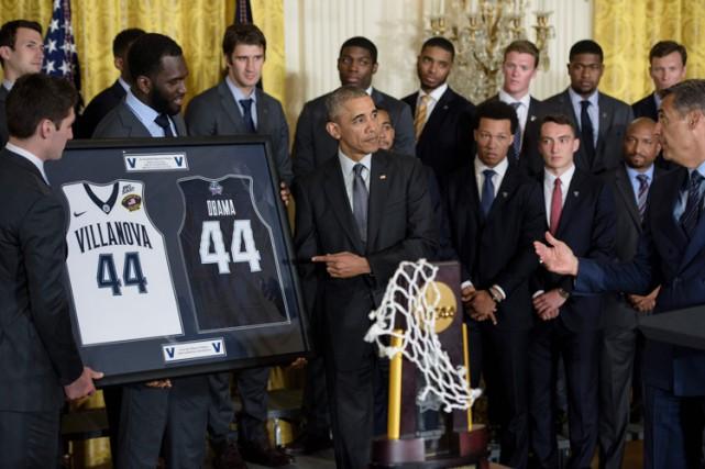 Barack Obama a accueilli les Wildcats dans la... (PHOTO AFP)