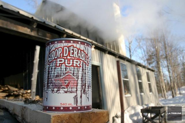 Jusqu'en 2016, la production québécoise de sirop d'érable... (Archives La Tribune)