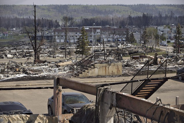 Les habitants de Fort McMurray, en Alberta, ne... (La Presse Canadienne, Jason Franson)