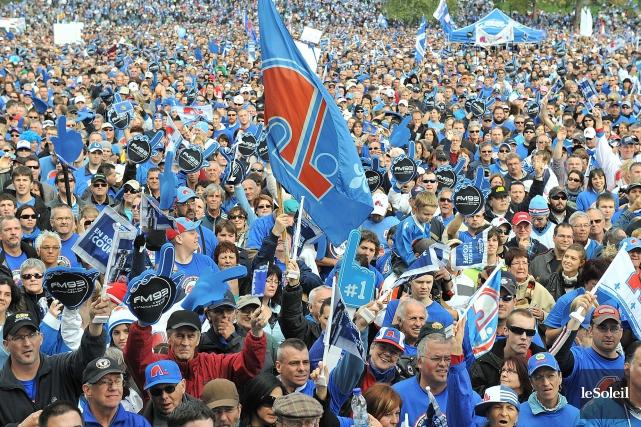 En octobre 2010, plusieurs dizaines de milliers de... (Photothèque Le Soleil)