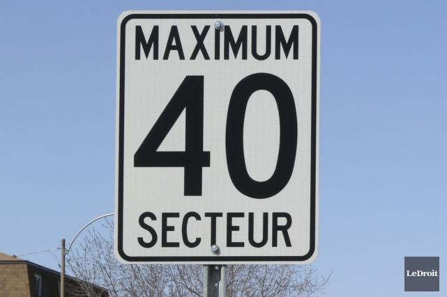 Les automobilistes devront faire bien attention à leur vitesse lorsqu'ils... (Photo Patrick Woodbury, archives Le Droit)