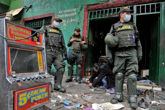 Le week-end dernier, la policea mené une vaste... (PHOTO AFP)