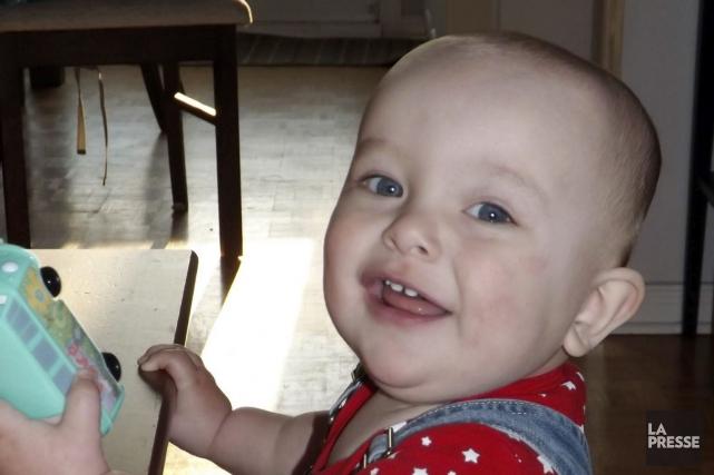 La vie de Caleb, 13 mois, s'est brusquement... (Facebook)