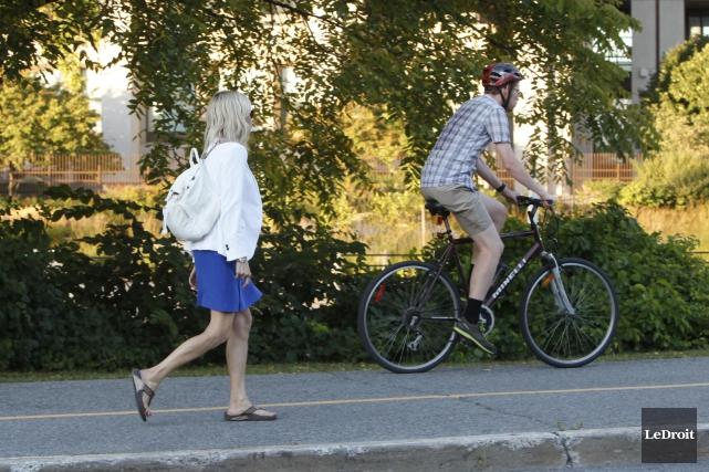 Si les piétons et les cyclistes représentent tous... (Simon Séguin-Bertrand, Archives LeDroit)