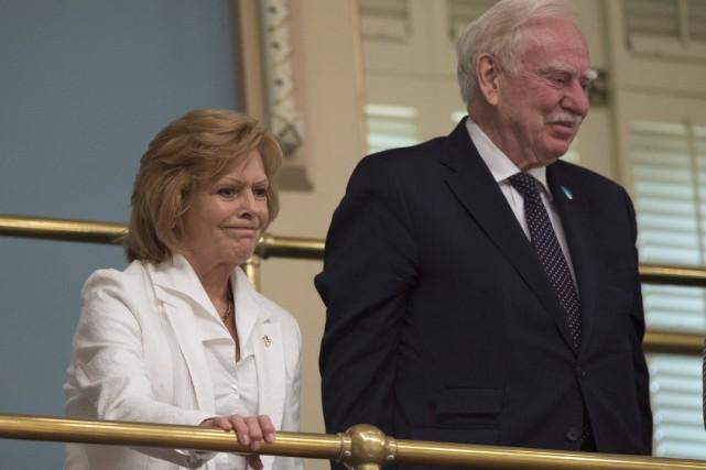 L'épouse de Jacques Parizeau, Lisette Lapointe, et le... (La Presse Canadienne, Jacques Boissinot)