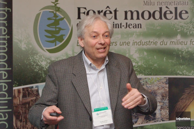 Professeur de foresterie à l'Université Laval, Luc Bouthillier... (Archives Le Quotidien)