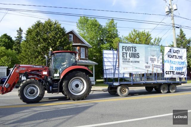 Les producteurs laitiers canadiens demandent au fédéral d'agir... (Benoit Sabourin, LeDroit)