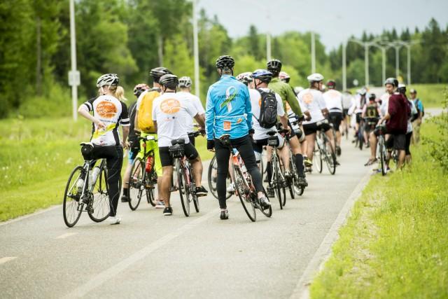Plus de 40 cyclistes ont pris part à... (Spectre Média, Jessica Garneau)