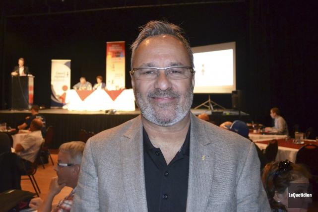 Daniel Boyer est venu présenter les enjeux auxquels... (Photo Le Quotidien, Louis Potvin)