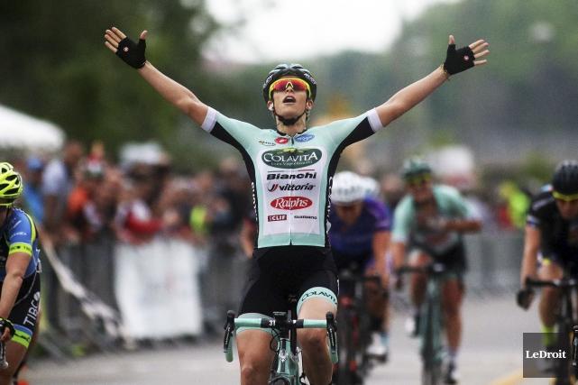La cycliste australienne Kimberley Wells  qualifié d'«énorme»... (Etienne Ranger, LeDroit)