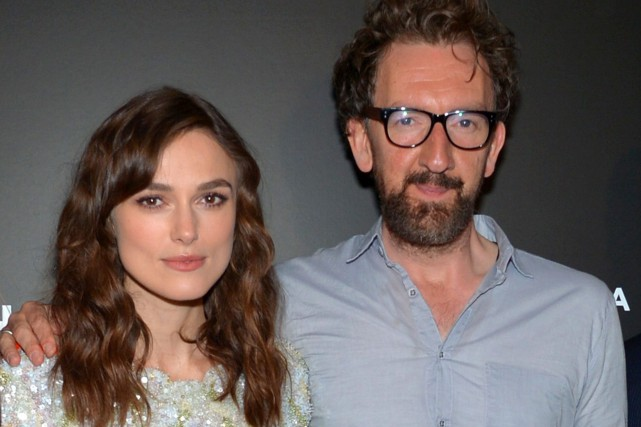 L'actrice Keira Knightley et le réalisateur John Carney ont... (Photo Evan Agostini, Archives Associated Press)
