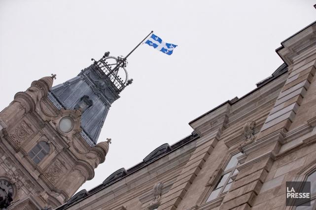 Grâce aux surplus dégagés par Québec, notamment, Standard&Poor's...