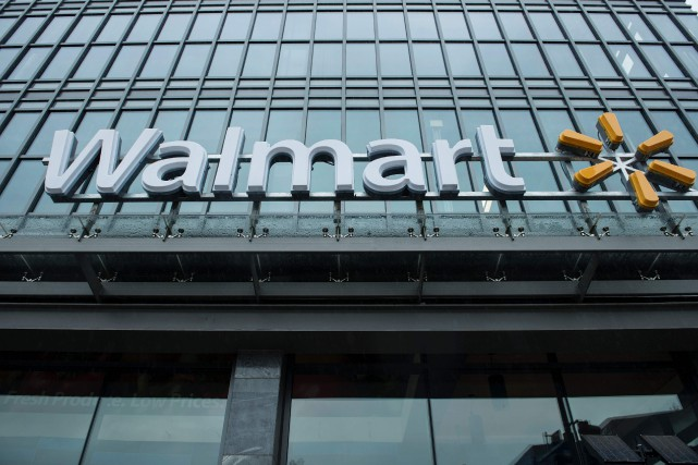 Les équipes de Walmart se chargeront de faire... (PHOTO ARCHIVES AFP)