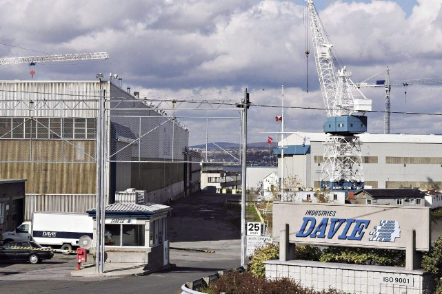The entrance of the Davie shipyard in Levis,... (PHOTO JACQUES BOISSINOT, LA PRESSE CANADIENNE)