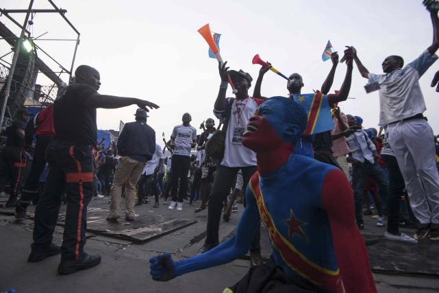 Des partisans des Léopards, l'équipe de soccer de... (Junior Kannah, Archives AFP)
