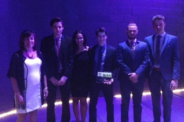 L'entreprise étudiante U'nhiver a remporté le prix d'Entreprise... (fournie)
