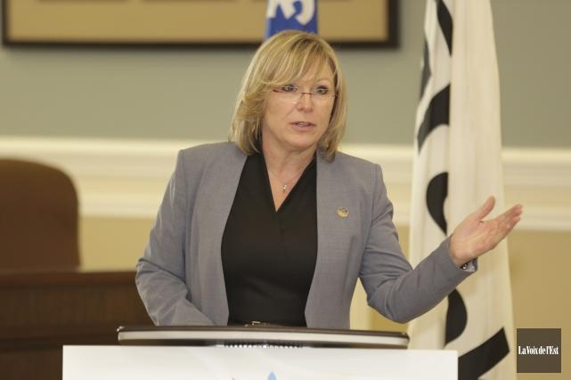 La ministre responsable des Aînés, Francine Charbonneau, a... (Catherine Trudeau, La Voix de l'Est)