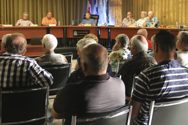 Le conseil municipal de La Tuque a rencontré... (Audrey Tremblay)