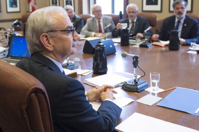 Les élus de tous les partis rencontraient à... (La Presse Canadienne, Jacques Boissinot)