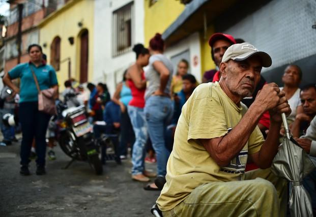 Des Vénézuéliens ont manifesté un peu partout au... (Photo Ronaldo Schemidt, Agence France-Presse)