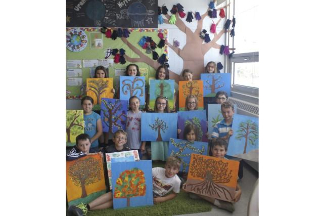 Seize élèves de quatrième année, de l'école Trefflé-Gauthier,... (Photo Le Progrès-dimanche, Mélissa Viau)
