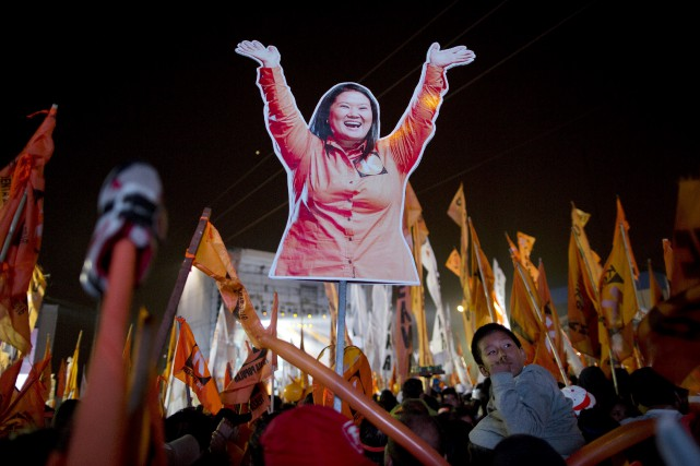 Keiko Fujimori, 41 ans, est favorite pour être... (Agence France-Presse)
