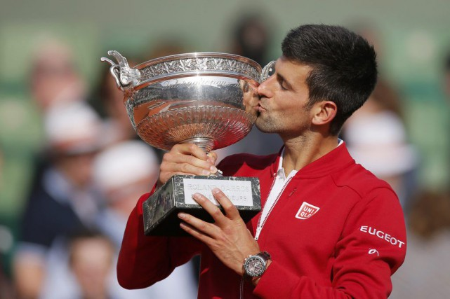 Novak Djokovic... (PHOTO GONZALO FUENTES, REUTERS)
