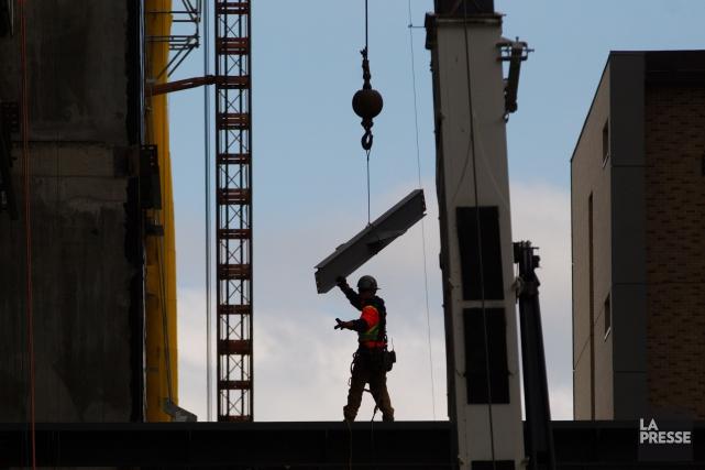 Une lutte est engagée entre l'industrie de la construction et le milieu... (Archives La Presse)