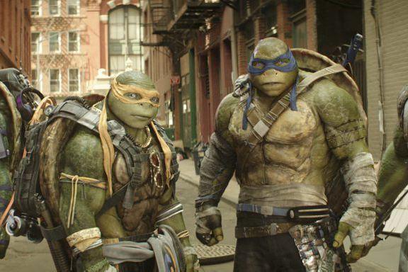 Les Tortues Ninja Michelangelo et Leonardo.... (Lula Carvalho, Paramount Pictures)
