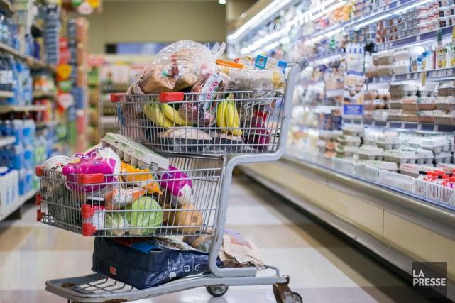 J'ai acheté récemment un produit périmé dans un supermarché. Je ne dois pas... (Archives, La Presse)