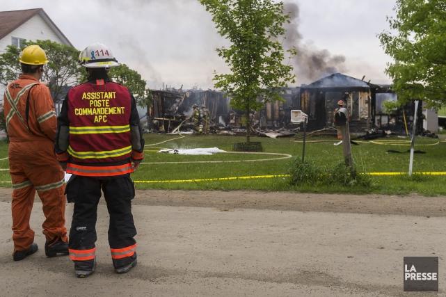L'incendie a complètement détruit la maisondu 3e rang,... (Spectre Média Marie-Lou Béland)
