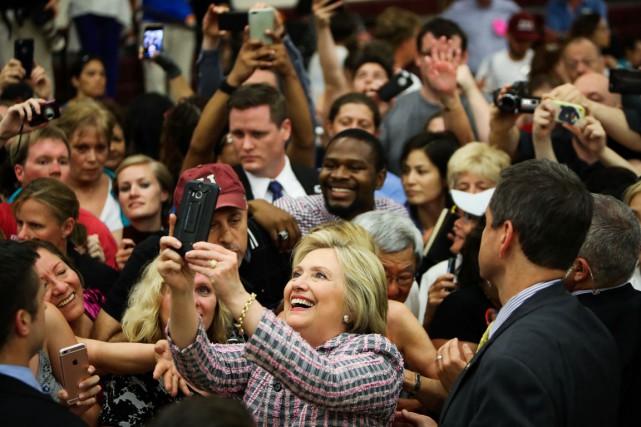 Hillary Clinton, qui sera selon toutes vraisemblances la... (PHOTO GABRIELLE LURIE, AFP)