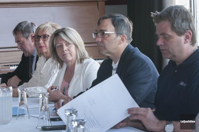 Les élus de l'arrondissement de Jonquière ont tenu... ((Photo Le Quotidien, Michel Tremblay))