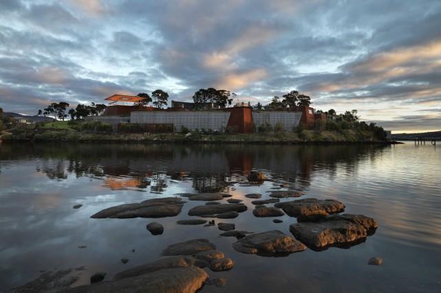 L'édifice du MONA a des airs de forteresse... (Photo Rémi Chauvin, fournie par le MONA)